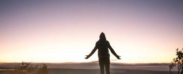 Como devo me render a Deus?