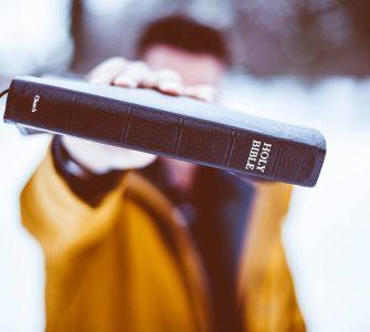 A Bíblia é suficiente para conhecer Deus?